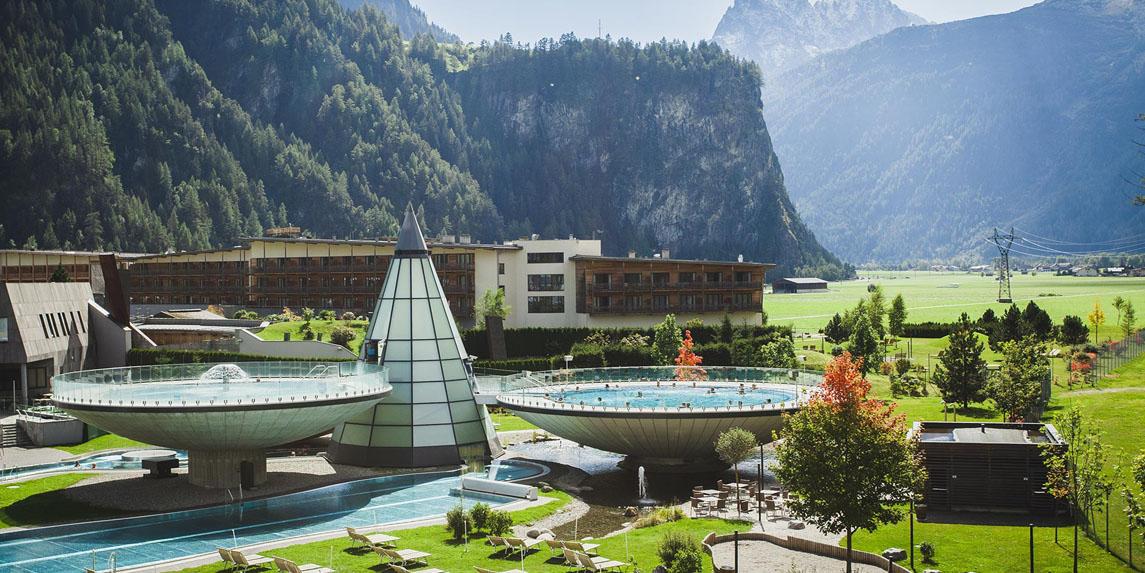 Aqua Dom Hotel